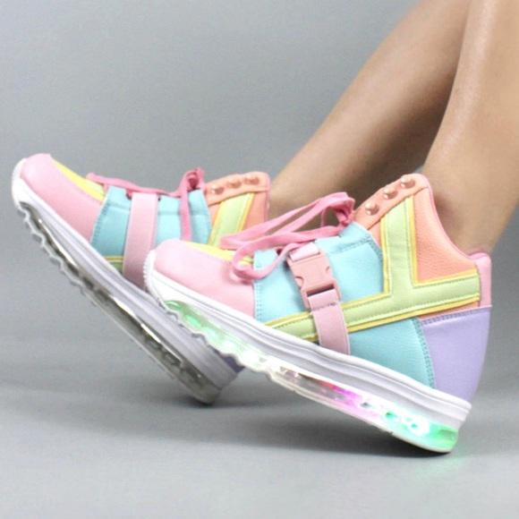 YRU Shoes   Qozmo Aiire Pastel Sneakers